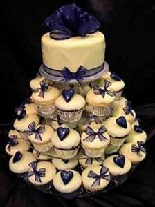 Navy blue cake, great for small wedding | The McGowan ...
