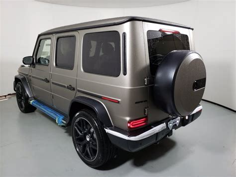 The automatic petrol engine has a. New 2021 Mercedes-Benz AMG G 63 4MATIC SUV | G manufaktur ...