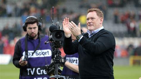 David Hopkin ready to hold contract talks with Livingston ...
