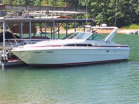 cabin cruisers for 1984 searay 340 cabin cruiser powerboat for in