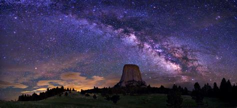 The Milky Way Galaxy Over Devils Tower Earth Blog