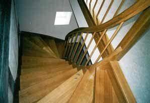 Geländer Für Treppe : vollgestemmte treppe gel nder f r au en ~ Markanthonyermac.com Haus und Dekorationen