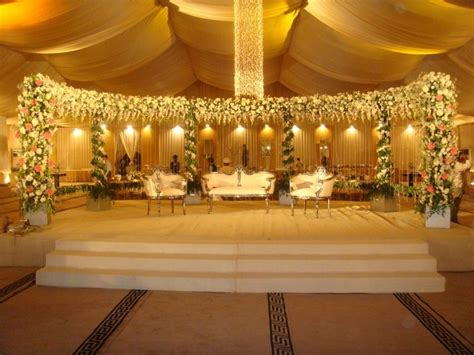 Decoration Ideas: Simple Stage Decoration With Clothes, Simple Wedding Stage