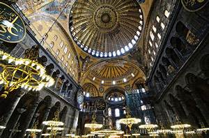 Hagia Sophia: Where East Meets West – Art through the Ages