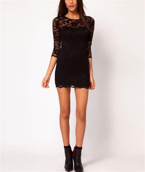 model baju dress pendek boyish  wanita simpel
