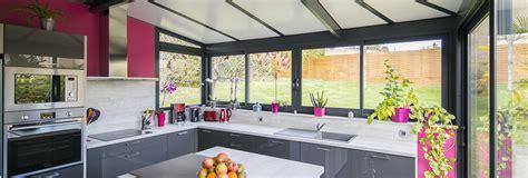 cuisine dans veranda photo une v 233 randa cuisine avec il 244 t central akena v 233 randas