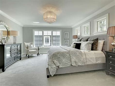 Traditional Master Bedroom With Crown Molding, Pella