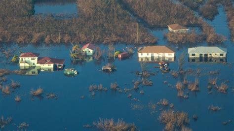 hurricane joaquin slams  bahamas residents evacuated