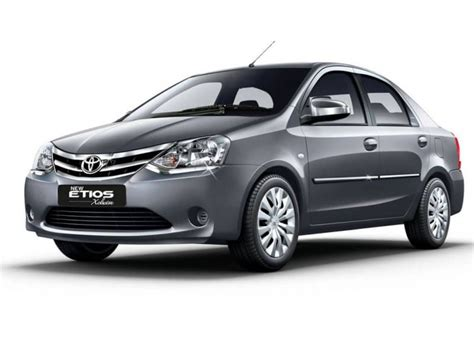 Agya Hd Picture by Toyota Etios G Price Specifications Review Cartrade