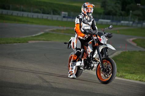 ktm motorrad drei r 228 der motorrad bild ktm 690 smc r 2014 motorrad fotos motorrad bilder