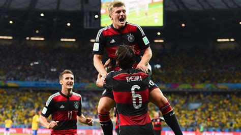 Nach 5 weltmeisterschaften gibt es also fünf sterne. Deutschland im WM-Finale: Deutschland - Brasilien 7:1 ...
