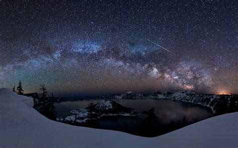 Meteor The Milky Way Galaxy Over Crater Lake Earth Blog