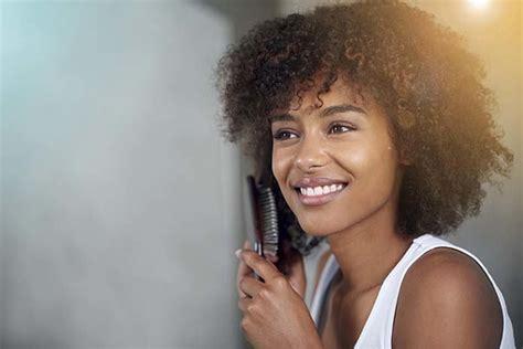 comment lisser ses cheveux afro sans defrisage les