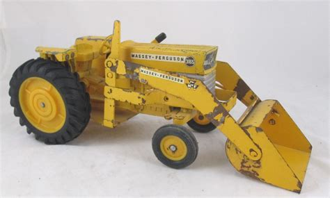 Photo Ertlmf3165loaderrs  Massey Ferguson Tractors