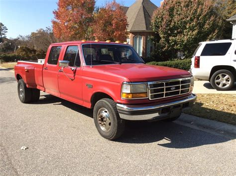 ford  xlt crew cab dually  turbo diesel