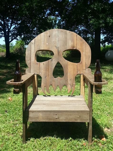 chaise tete de mort pallet skull chair 1001 pallets