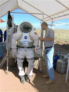 NASA - Glenn Technology To Aid New Space Suit Design