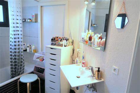 astuce rangement maquillage salle de bain maison design mail lockay