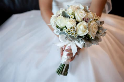 guide   wedding flowers youll