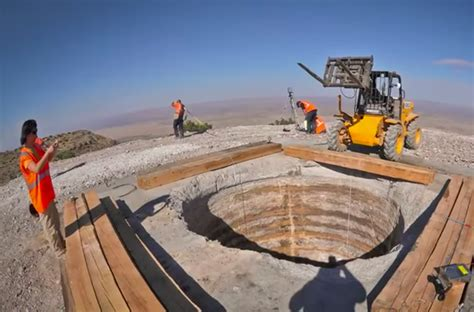 Jeff Bezos is Building a 10,000 Year Clock in a West Texas ...