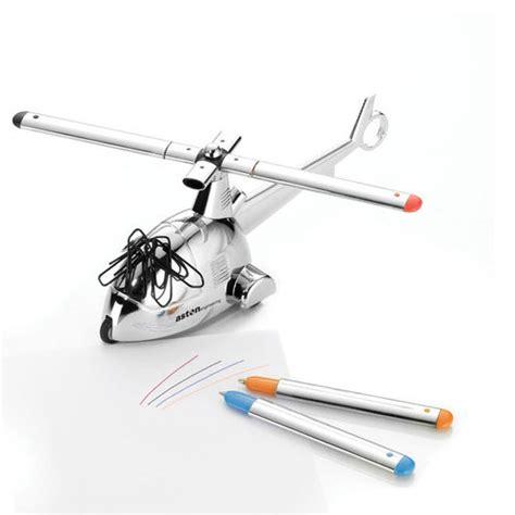 cadeau bureau homme presse papier hélicoptère aimanté 3 stylos et un
