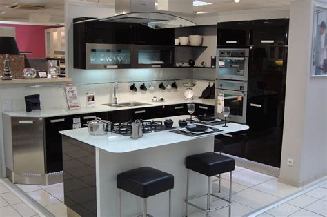 cuisine amenagee conforama cuisine aménagée avec ilot central conforama cuisine