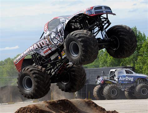 wheels monster trucks videos monster truck monster truck trucks 4x4 wheel wheels gf