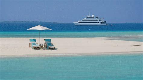 kuda huraa resort maldives travliving
