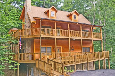 pigeon forge cabin 5 reasons our large cabins in pigeon forge are for