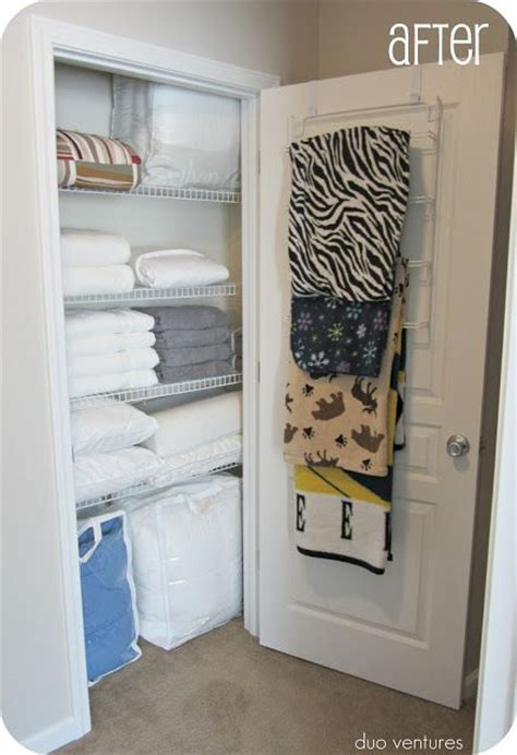 1000 ideas about storing blankets on