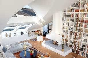 Chaise Cassée Reve by High Ceiling Decorating Ideas