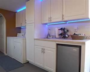 Led Strips Küche : dekorative lichteffekte dank innovativer led leisten ~ Buech-reservation.com Haus und Dekorationen