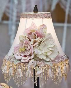 Shabby Chic Lampen : like this idea for lamp shade pretty craft ideas shabby chic lampen lampen dekoration ~ Orissabook.com Haus und Dekorationen