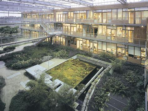 Interior Gardens | Courtyard Gardens | Atrium Gardens ...