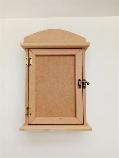 Κλειδοθήκη Κουτί ~ Sieviete