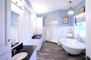 Bathrooms with Wood Look Tile Floors
