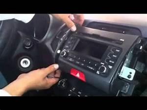 Desmontar Radio Oem Kia Sportage 2011