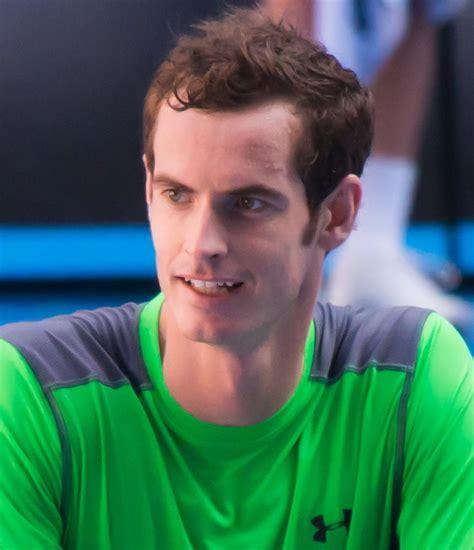 Andy murray defeats milos raoni to win second wimbledon title. Andy Murray - Wikipedia
