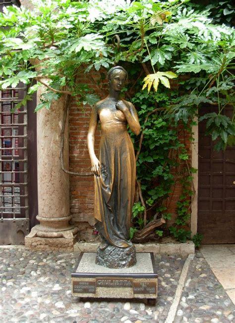 Casa Casco Verona by La Verona De Shakespeare Acad 233 Mica