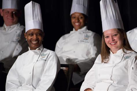 San Antonio Chef/restaurateur Speaks At Cia Graduation