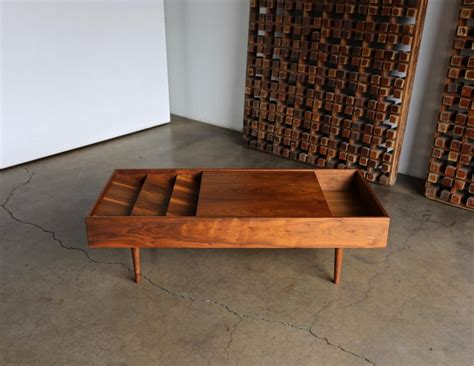 Milo baughman geometric bronze coffee table by milo baughman for directional h 16 in w 48 in d 48 in $ 7,500. Milo Baughman Coffee Table for Glenn of California, circa 1955 For Sale at 1stDibs