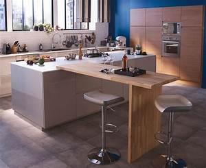 Plan De Travail Pour Bar : cuisine avec coin repas table bar lot pour manger ~ Dailycaller-alerts.com Idées de Décoration