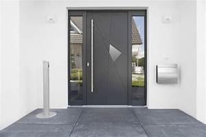 Portes d39entree en aluminium en bois ou en composite for Porte d entrée alu avec luminaire meuble salle de bain