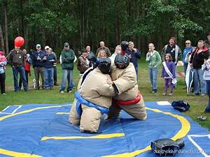 Wordless Wednesday Picnic Fun With Sumo Wrestlers Day
