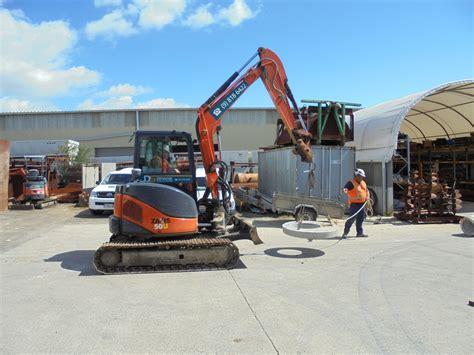 sling lift  place  load   excavator besafe