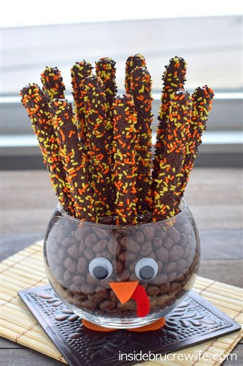 adorable thanksgiving treats   kids table