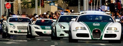 video dubai police  actie supercars groenlichtbe