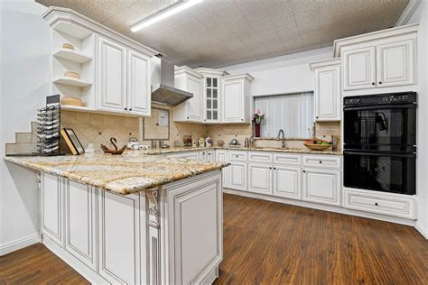 pre assembled antique white solid wood kitchen cabinets