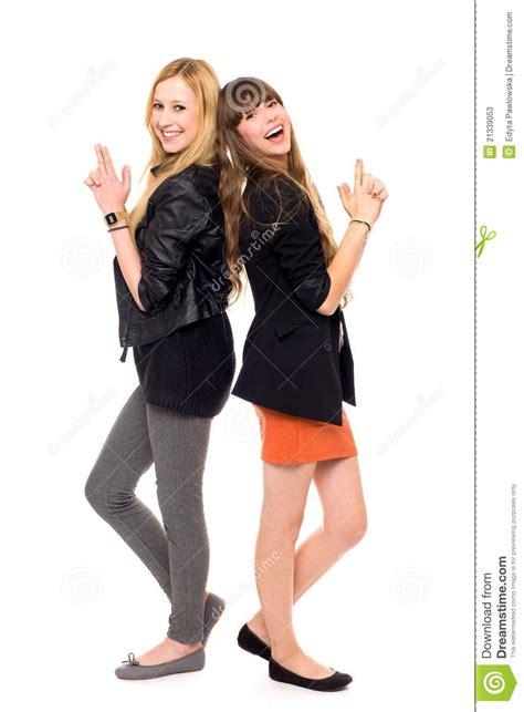 deux filles restant de nouveau au dos photos stock image 21339053