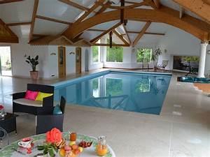 Sauna Hammam Prix : villa avec grande piscine int rieure priv e spa sauna ~ Premium-room.com Idées de Décoration